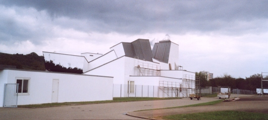 """Frank O. Gehry<BR>Vitra Design Museum""""><img src="""